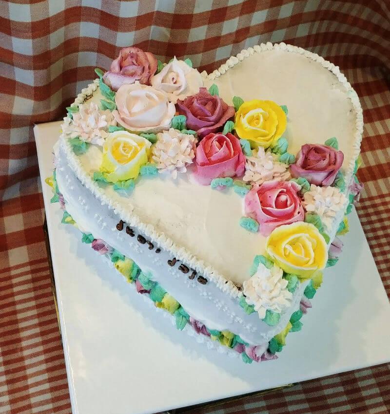 עוגת זילוף לב ליום נישואין