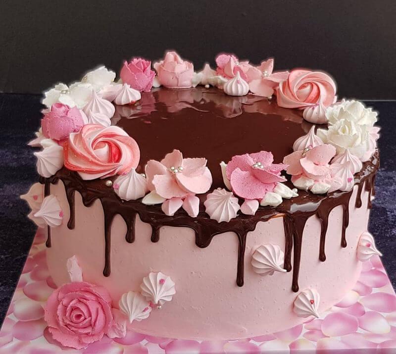 עוגת זילוף ליום הולדת בנות