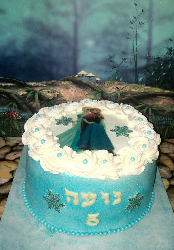 עוגת אלזה ואנה זילוף
