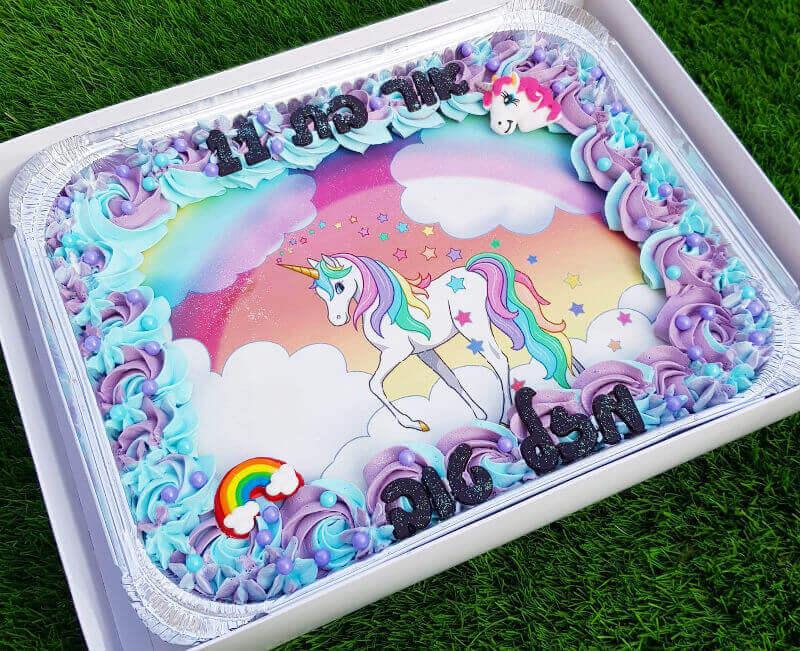עוגת חד קרן מלבנית לכיתה