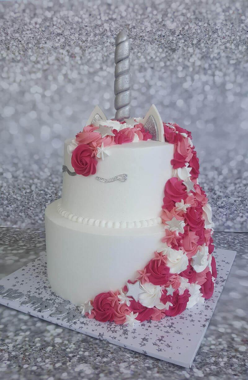 עוגת חד קרן מפוארת