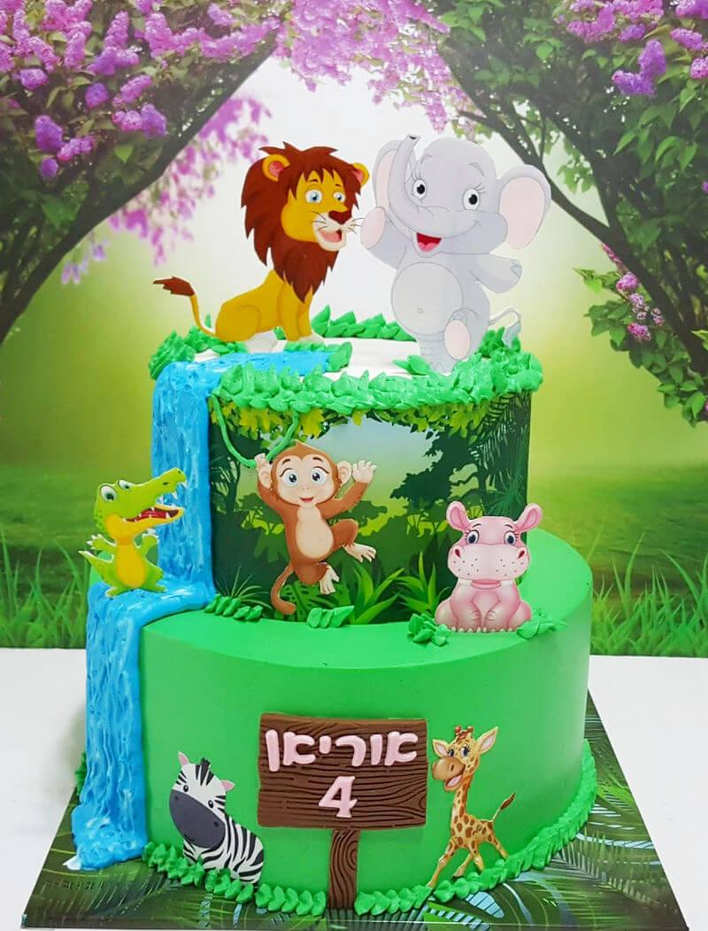 עוגת זילוף קומות עם חיות
