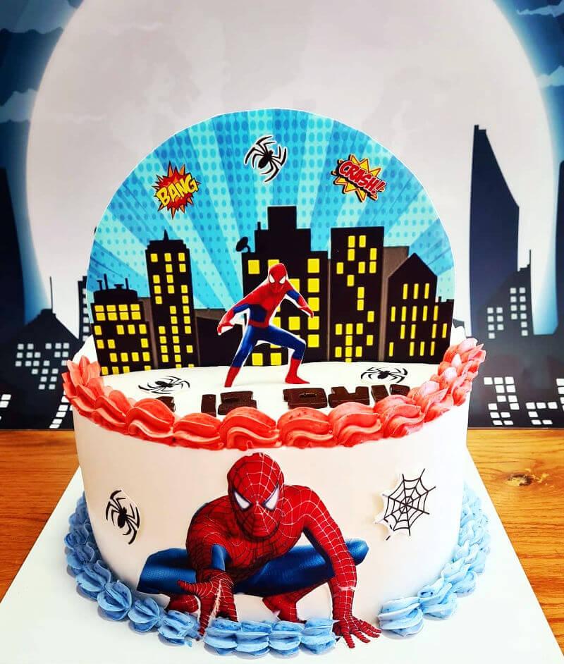 עוגת חצי חצי ספיידרמן