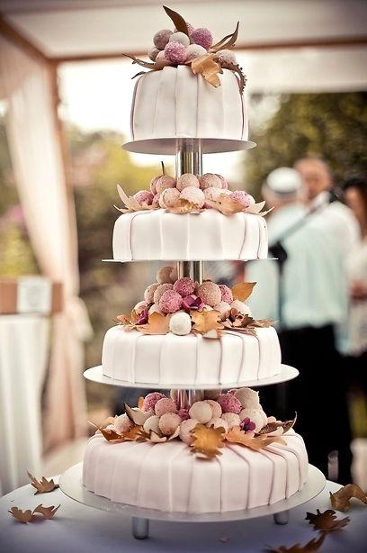עוגת חתונה כשרה בקומות