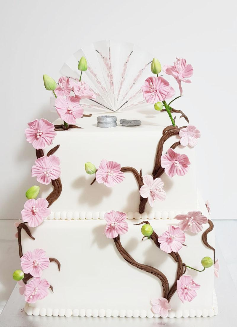 עוגת חתונה כשרה מבצק סוכר