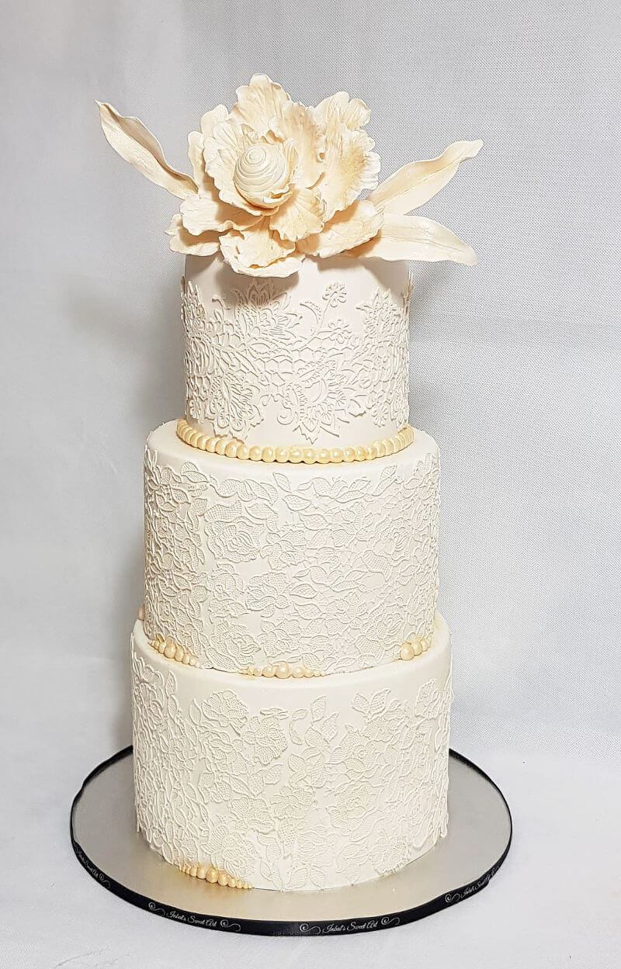 עוגת חתונה מלכותית