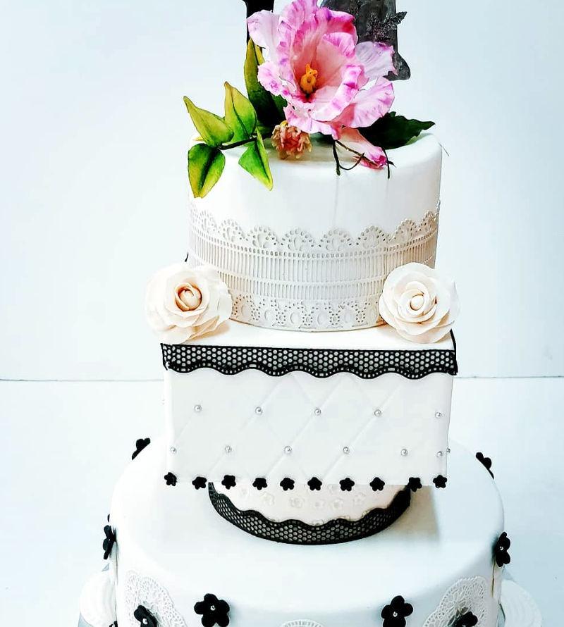 עוגת חתונה מעוצבת