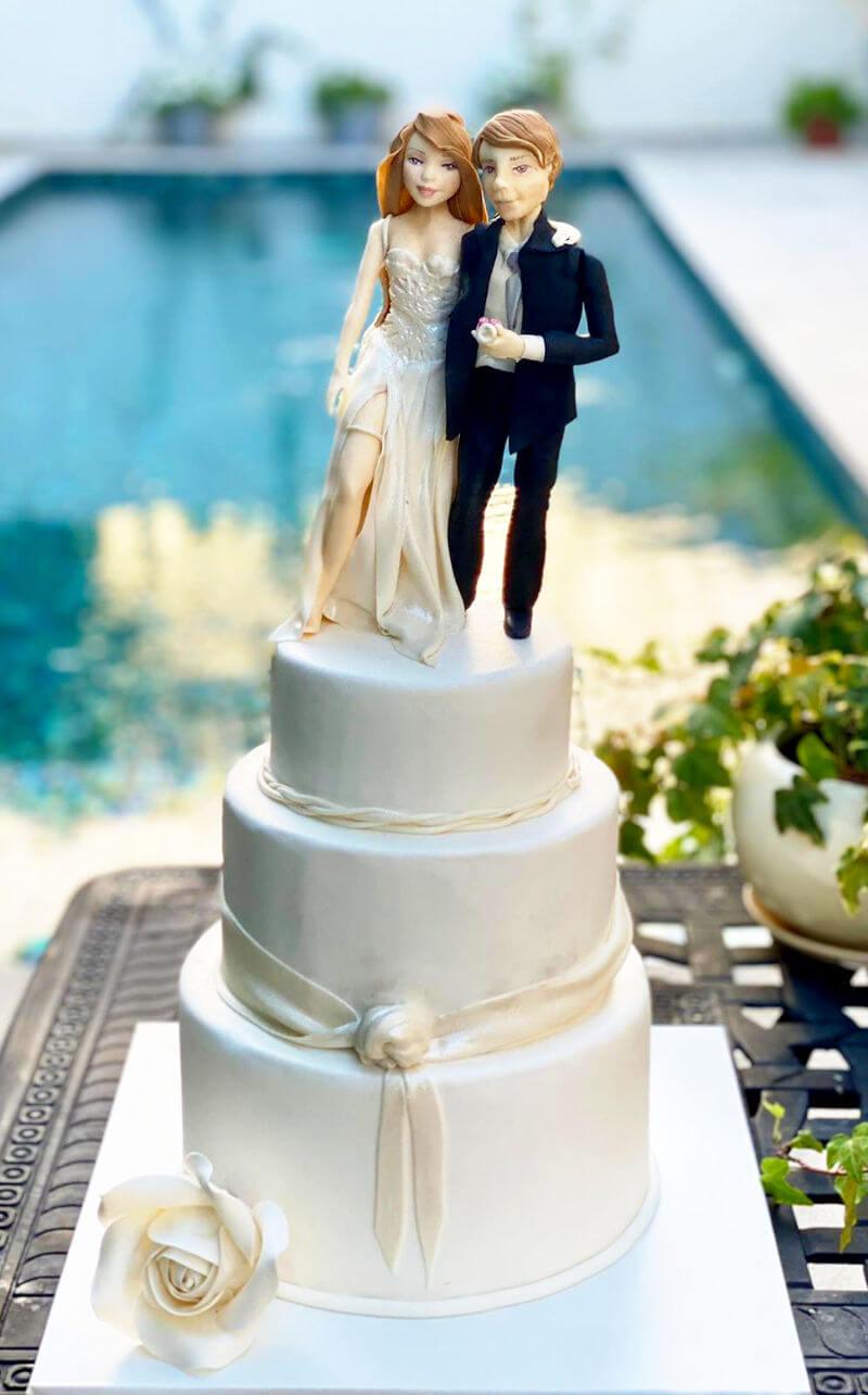 עוגת חתונה מפוסלת