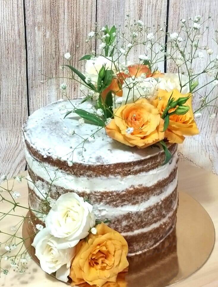 עוגת חתונה עירומה Naked Cake