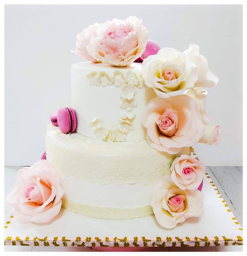 עוגת חתונה עם תעודת כשרות