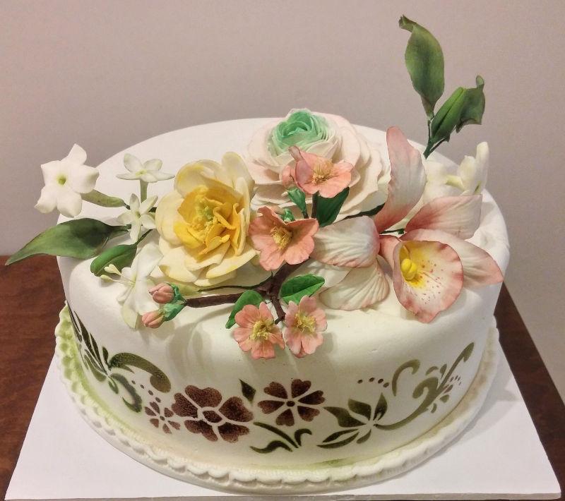 עוגת חתונה עם פרחים