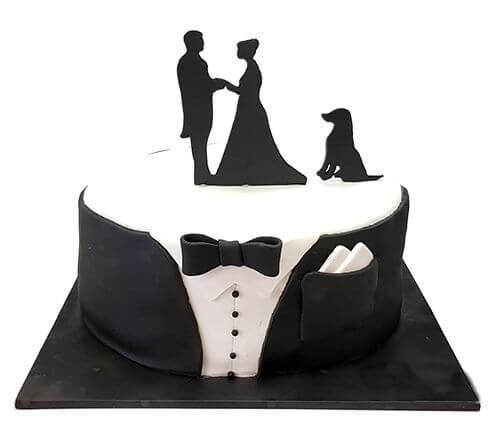 עוגת חתונה בעיצוב חליפה של גבר