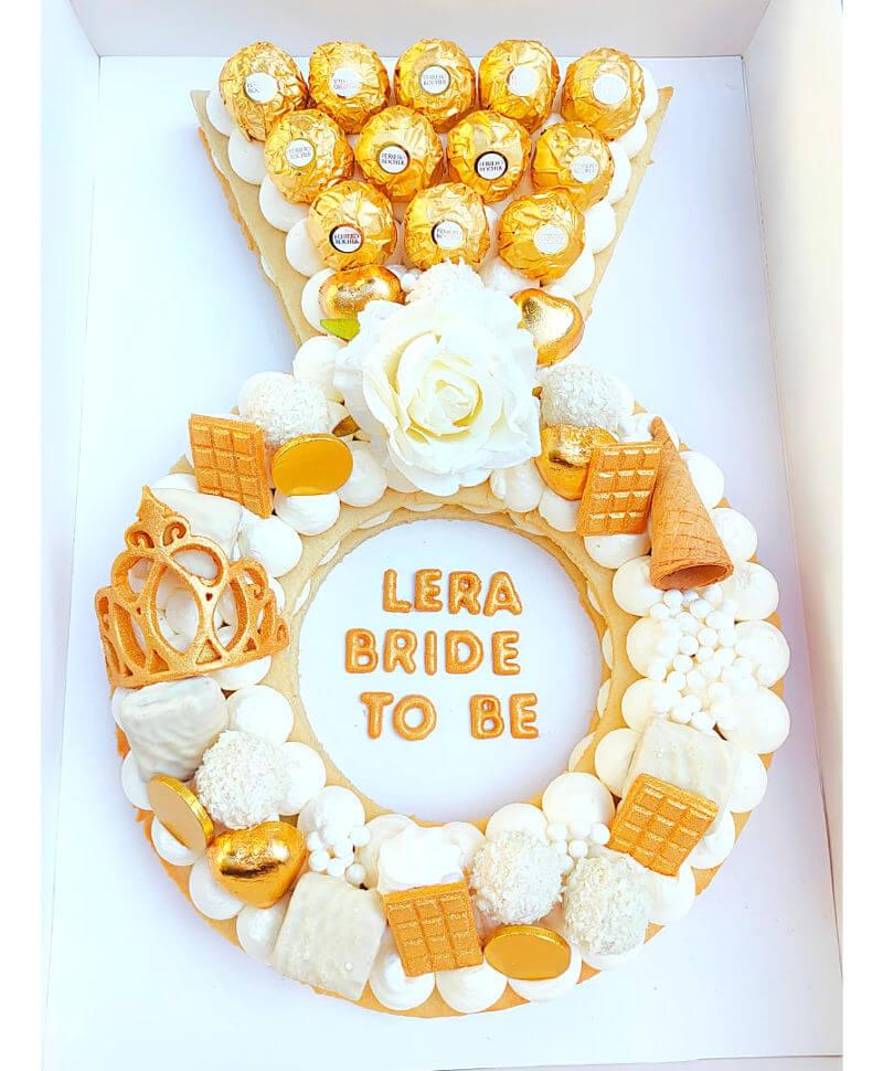 עוגת טבעת BRIDE TO BE