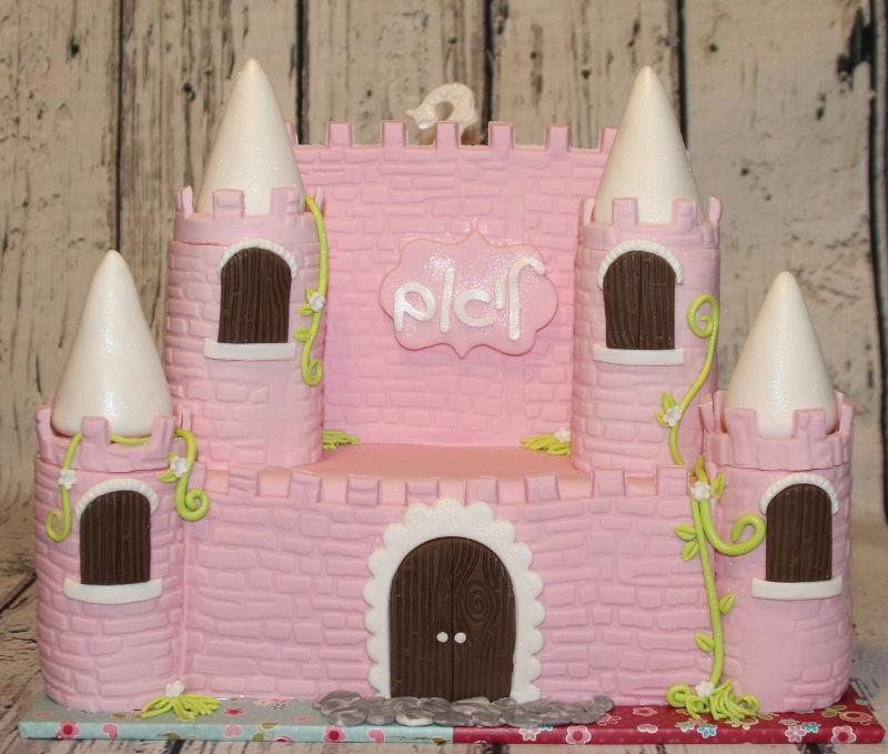 עוגת טירה נסיכות