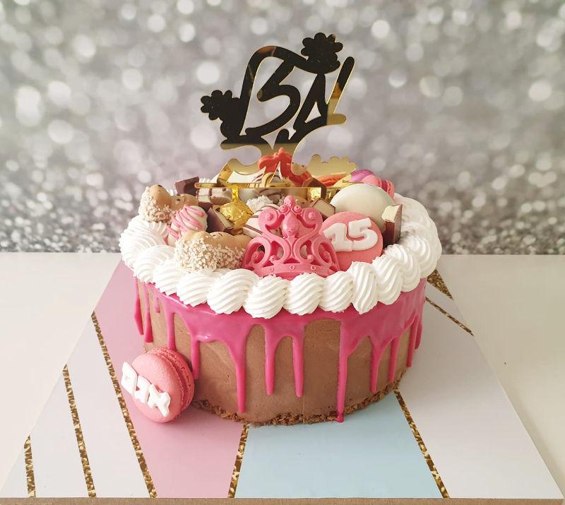 עוגת טפטופים ליום הולדת
