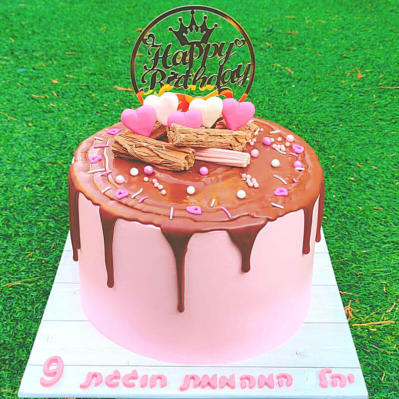 עוגת טפטופים מעוצבת