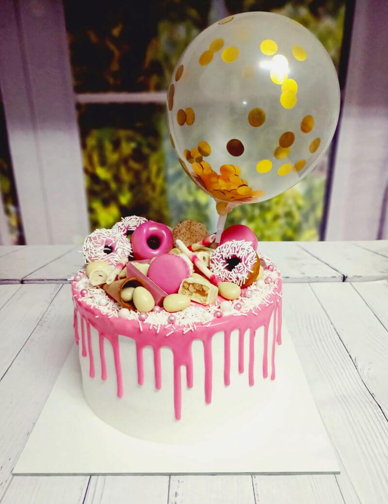 עוגת טפטופי גאנש דונאטס וממתקים