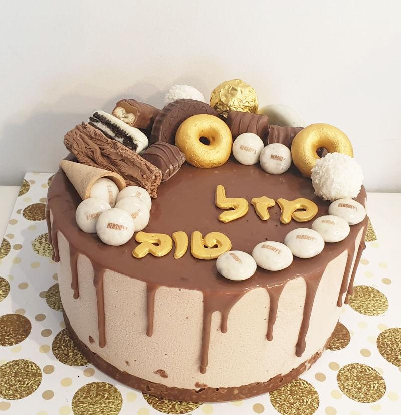 עוגת טפטופי גאנש ושוקולדים