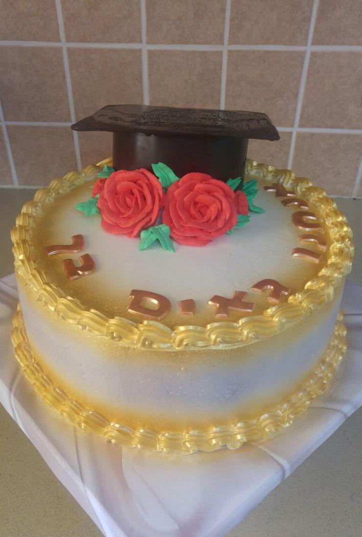 עוגה מעוצבת לטקס סיום לימודים