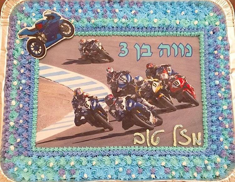 עוגת יום הולדת אופנועים מלבנית