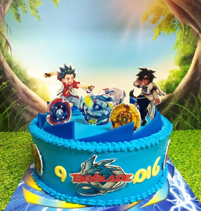 עוגת יום הולדת בייבלייד