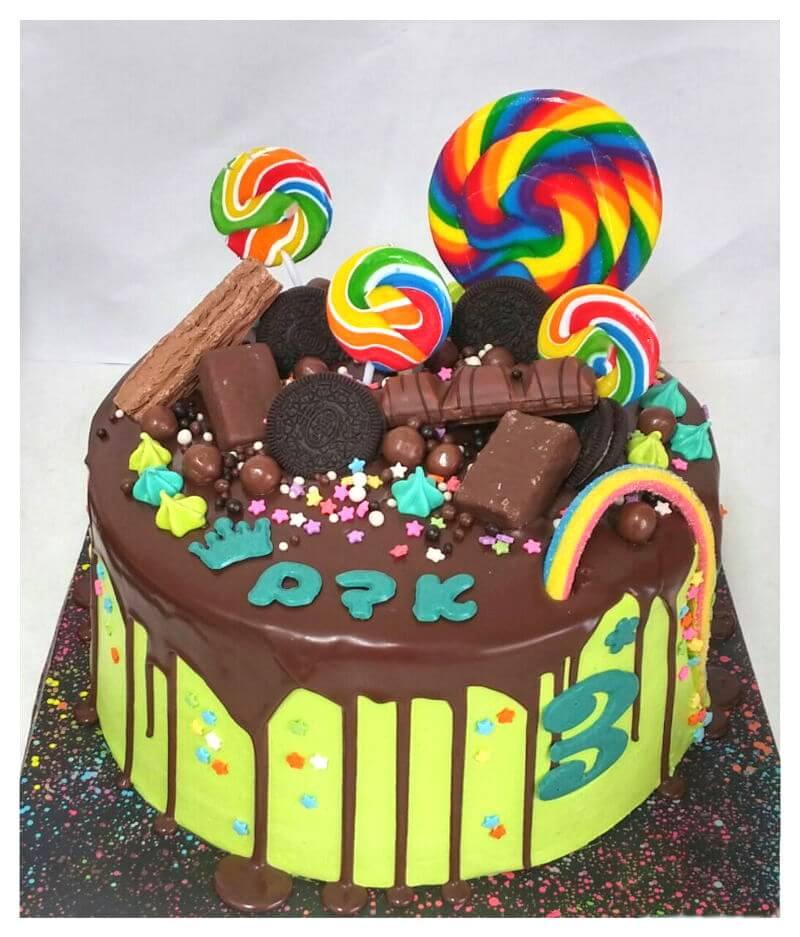 עוגת יום הולדת לבנים ממתקים