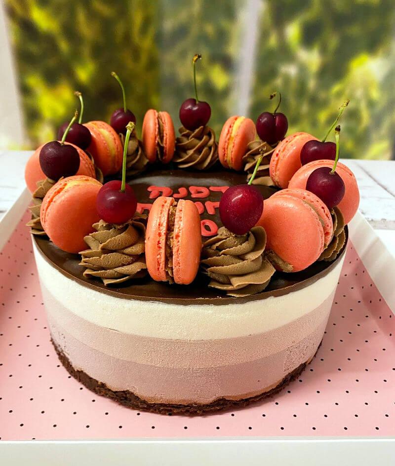עוגת יום הולדת טריקולד