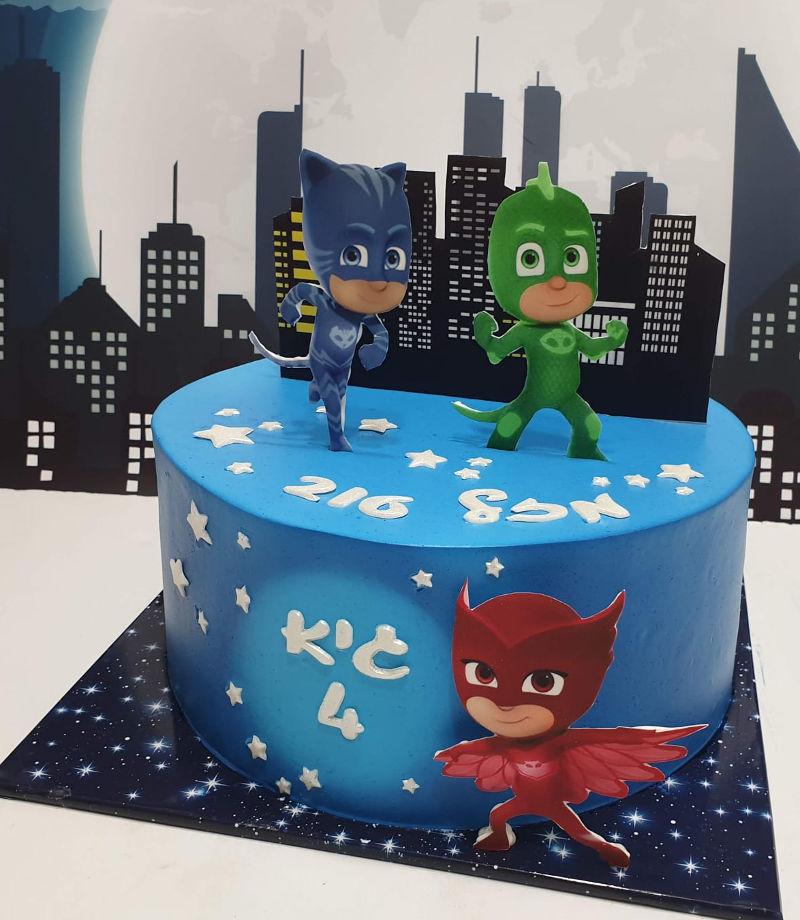 עוגת יום הולדת כוח פי גיי