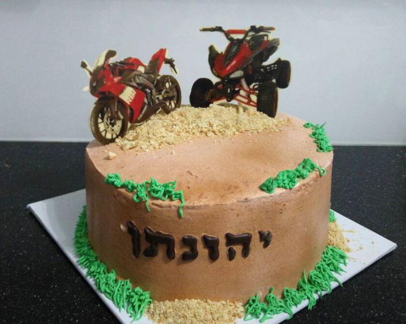 עוגת יום הולדת לבן אופנועים