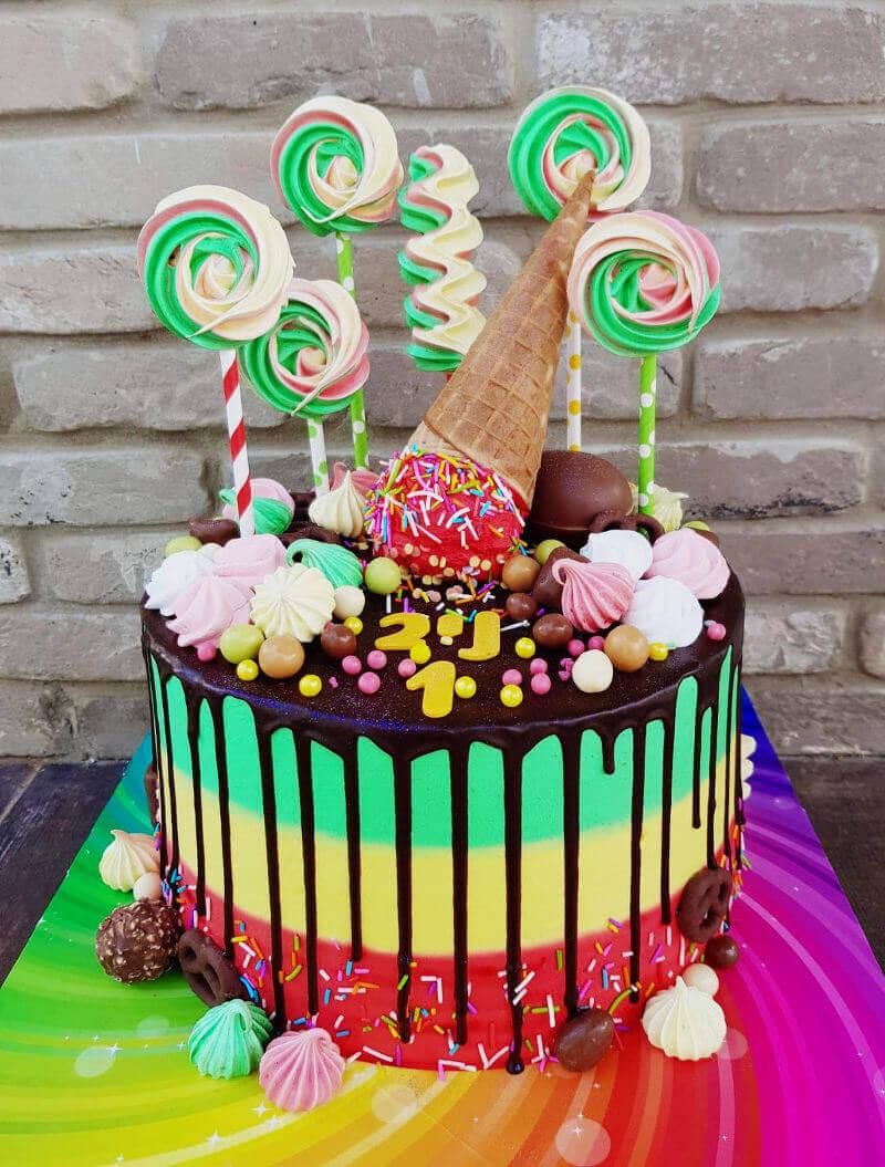 עוגת יום הולדת בנות סוכריות