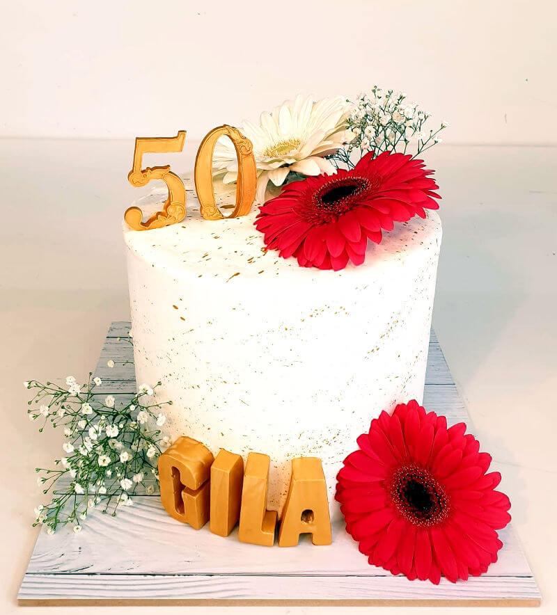 עוגת יום הולדת 50 לאשה