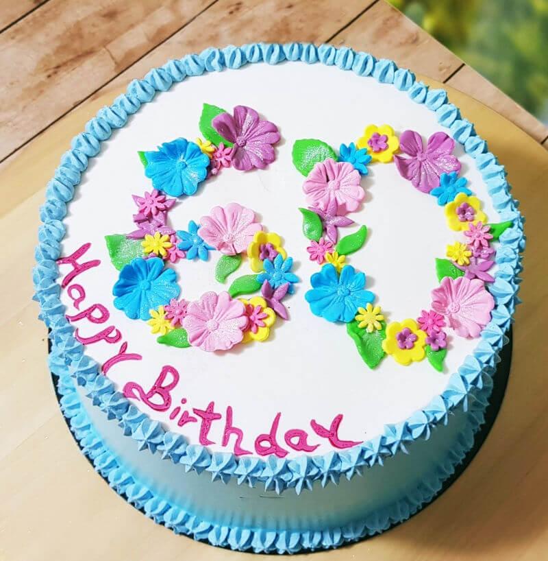 עוגת יום הולדת 60 מעוצבת