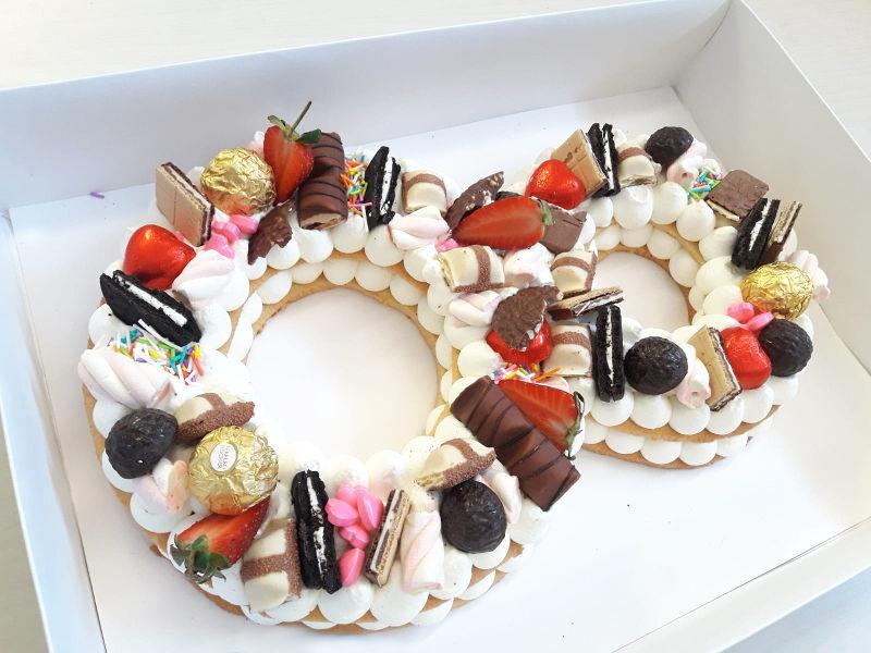 עוגת יום הולדת 8