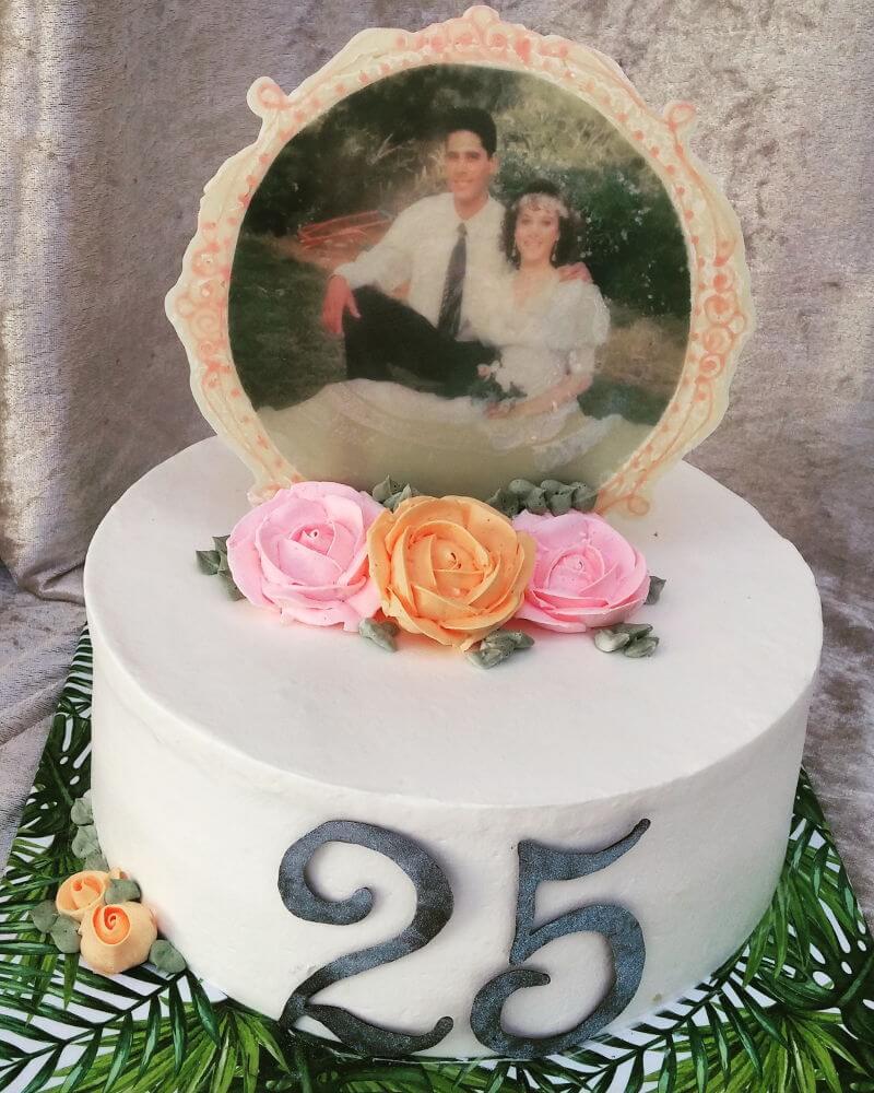 עוגת יום נישואים עם תמונה