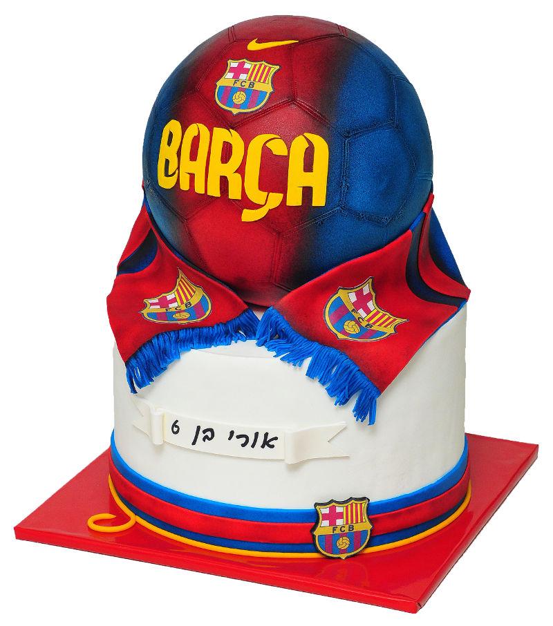עוגת כדורגל ברצלונה מדבימה מבצק סוכר