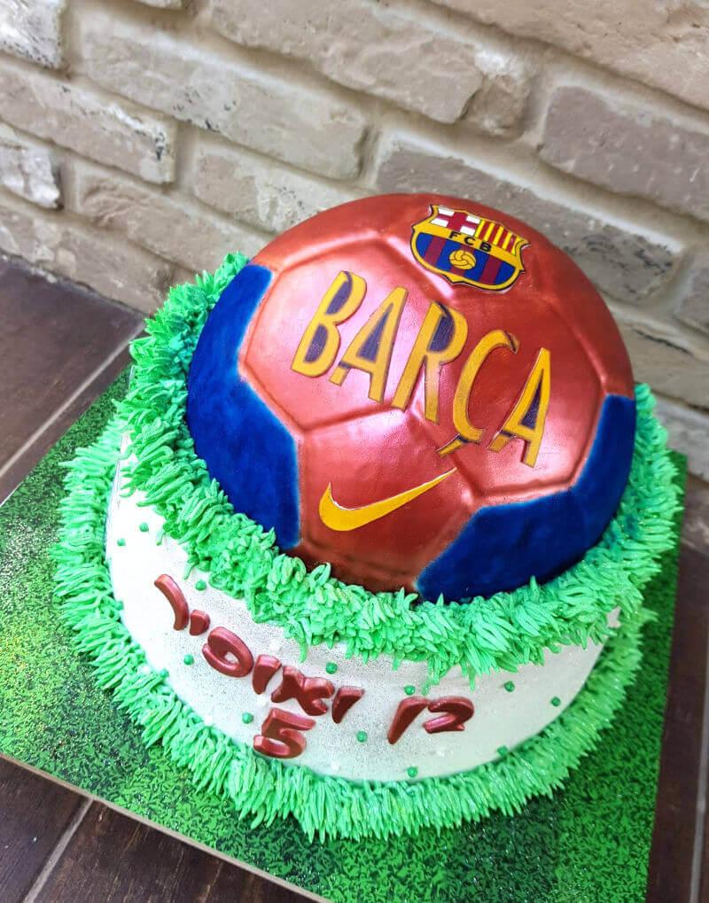 עוגת כדורגל ברצלונה ליום הולדת