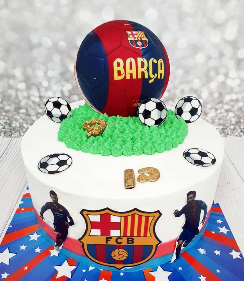 עוגת כדורגל ברצלונה