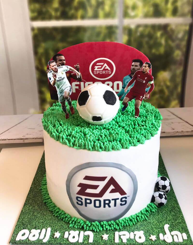עוגת כדורגל מעוצבת FIFA