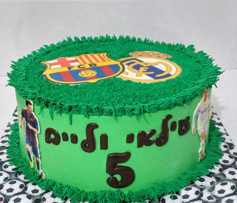 עוגת כדורגל ברצלונה וריאל מדריד