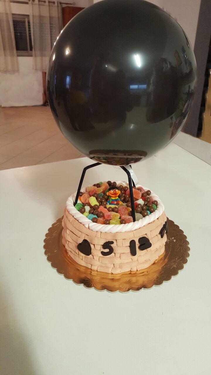 עוגת כדור פורח ליום הולדת