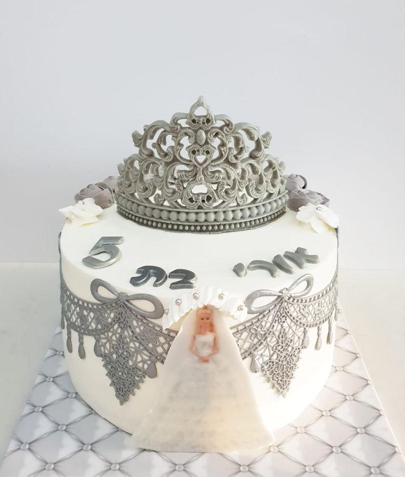עוגת כלה בלבן