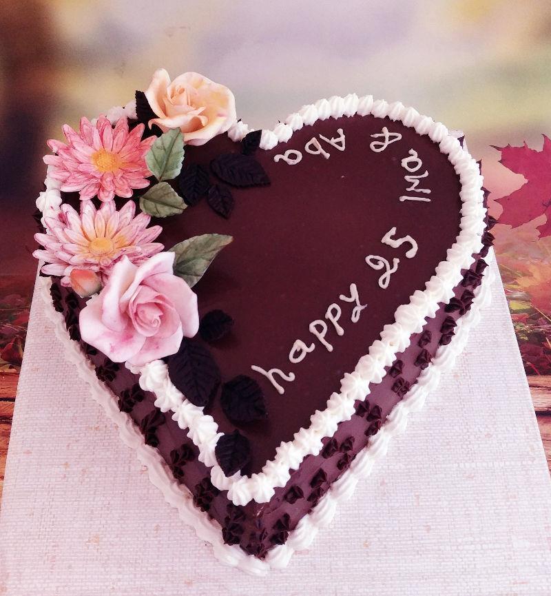 עוגת לב ליום נישואין 25