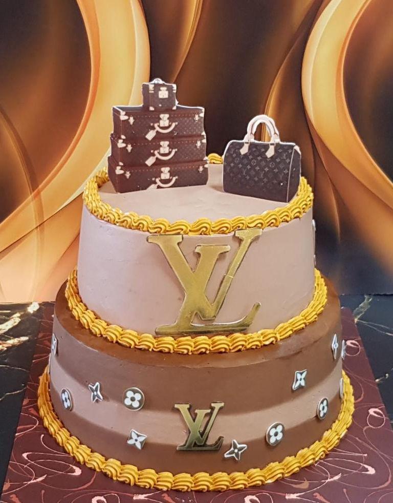 עוגת לואי ויטון מעוצבת