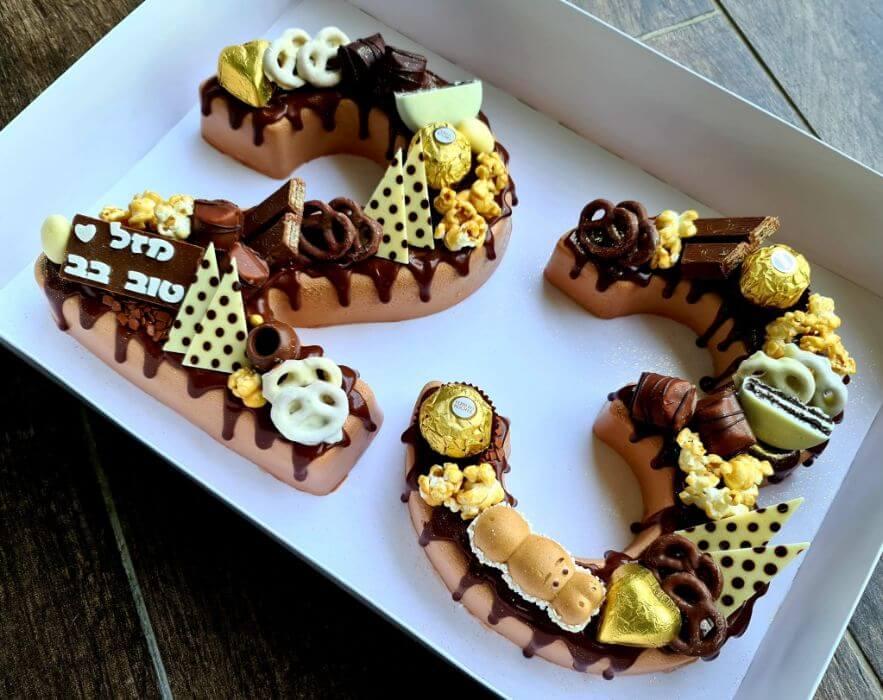 עוגת מוסים בצורת מספרים 26