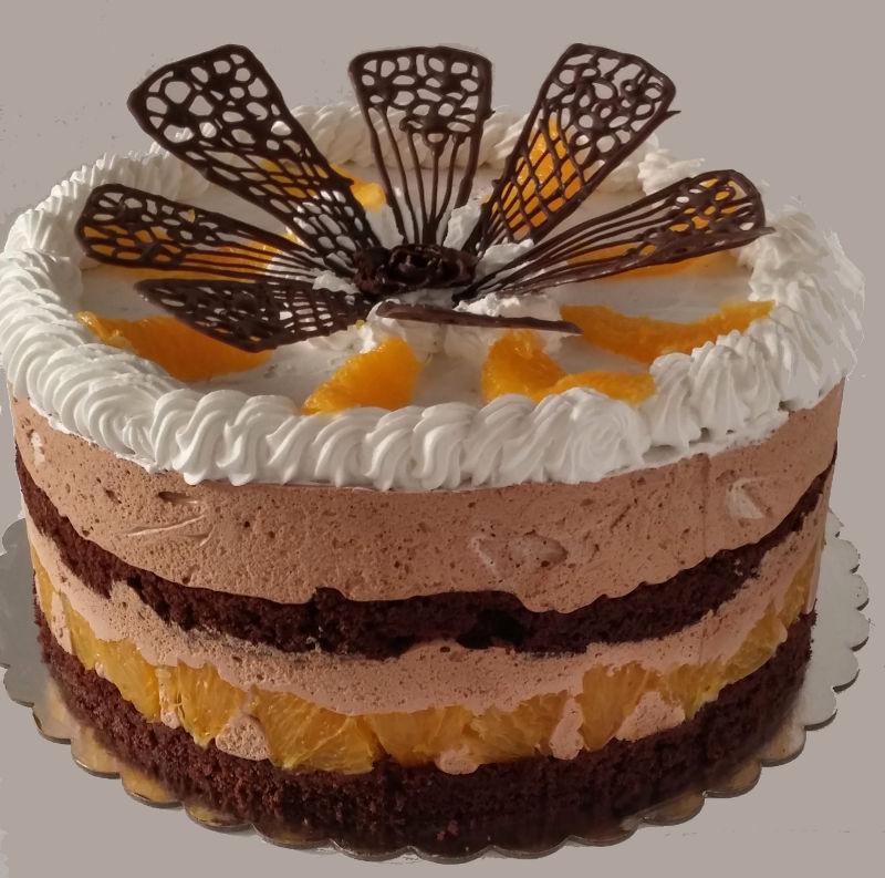 עוגת מוסים ופירות בשכבות