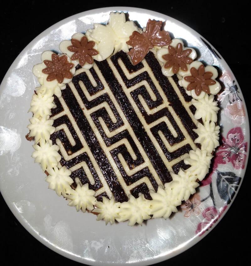 עוגת מוסים ושוקולד