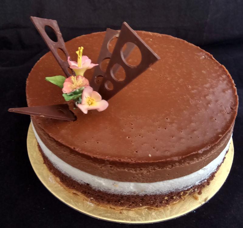 עוגת ראווה מוסים 5 שכבות