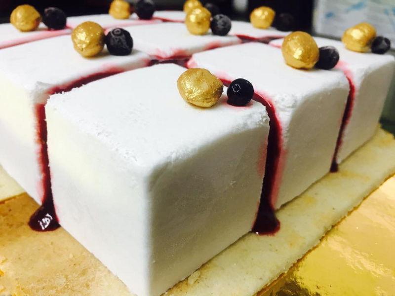 עוגת מוס גבינה ופטל