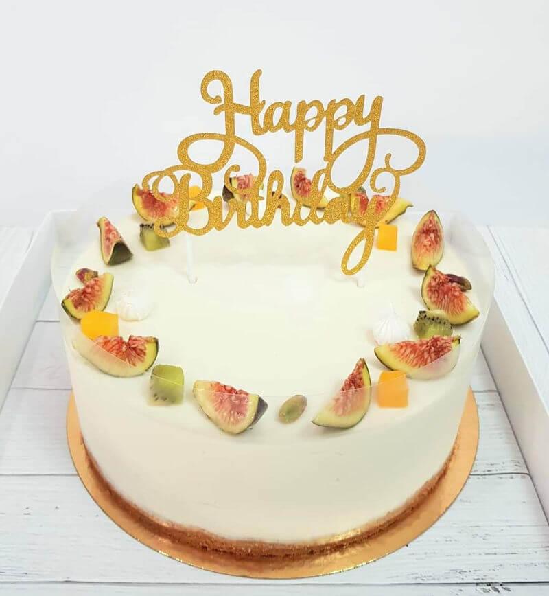 עוגת מוס גבינה ושוקולד לבן ליום הולדת