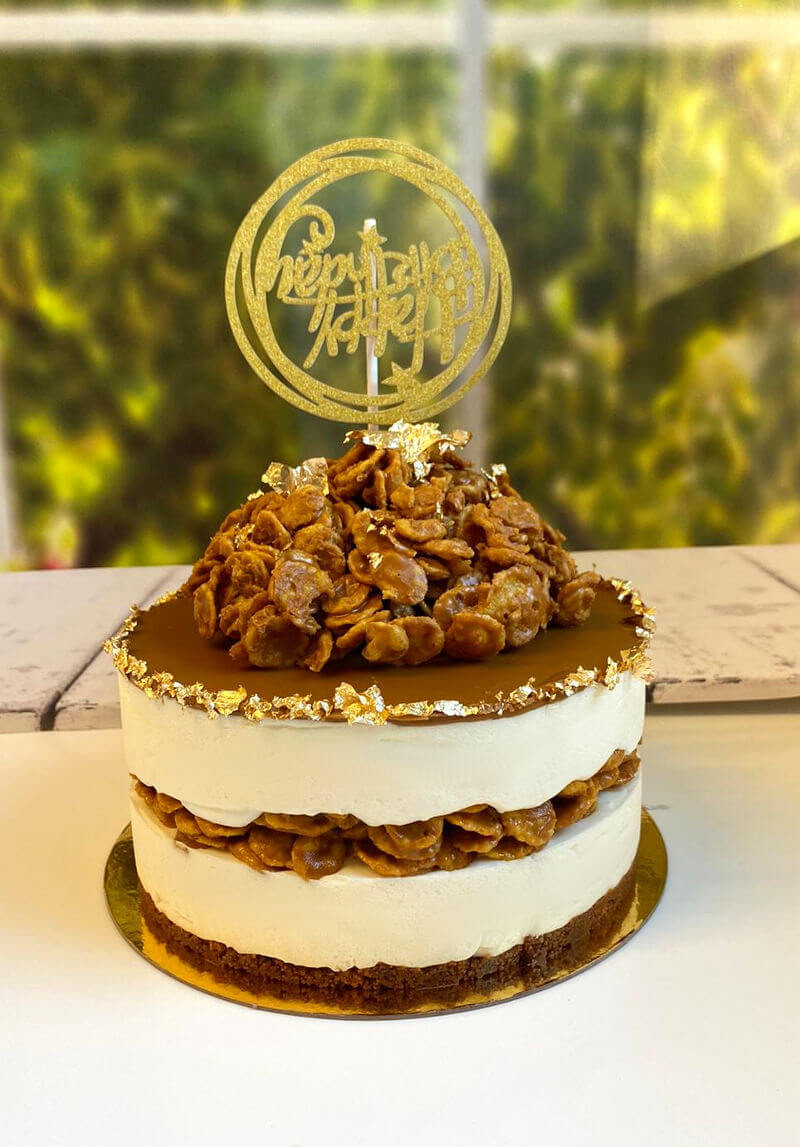 עוגת מוס לוטוס ליום הולדת